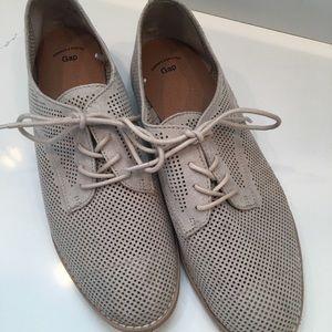 Gap shoes. Size 8. NWOB